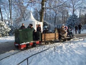 Feldbahnfahrt auf dem Bergedorfer Weihnachtsmarkt