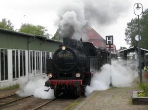 Abfahrt der Dampflok 131 060