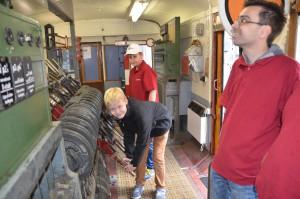 Nachwuchsfahrdienstleiter im Wärterstellwerk Aw des Bahnhofs A-Dorf