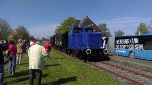 """""""Scheinanfahrt"""" im Bahnhof Schönberg"""